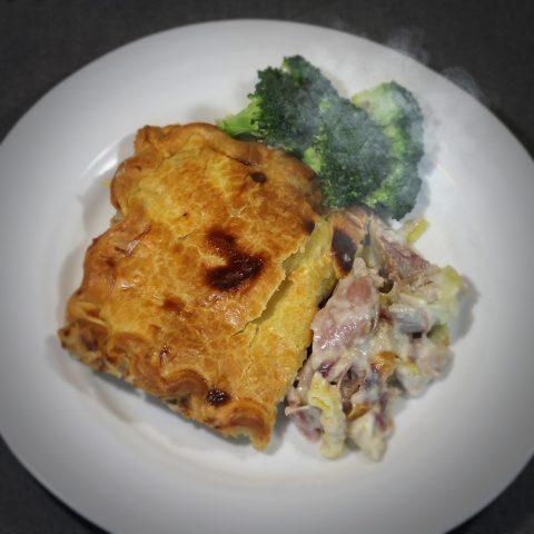 Chicken ham hock and leak pie