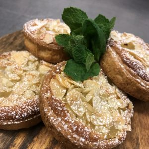 Post white wine pear and Armond Tart